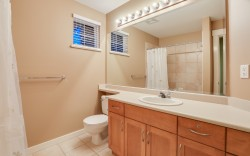 54 Ashwood Drive, Port Moody - Bathroom