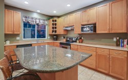 54 Ashwood Drive, Port Moody - Kitchen