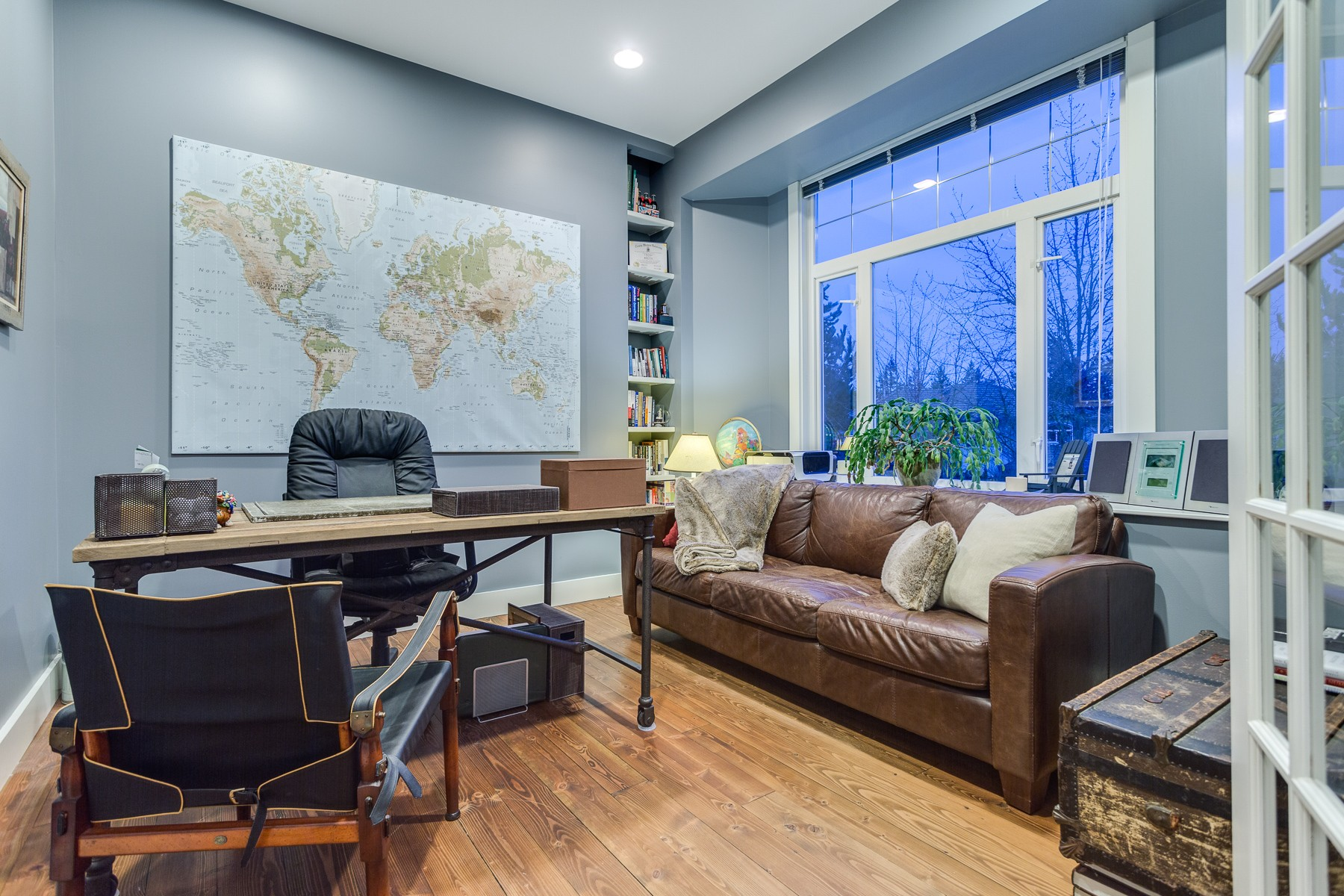 6 Eagle Crescent, Port Moody - Office