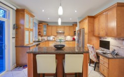 508 April Road, Port Moody - Kitchen 2