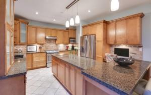 508 April Road - Kitchen