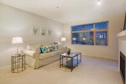 205-300 Klahanie Drive, Port Moody - Living