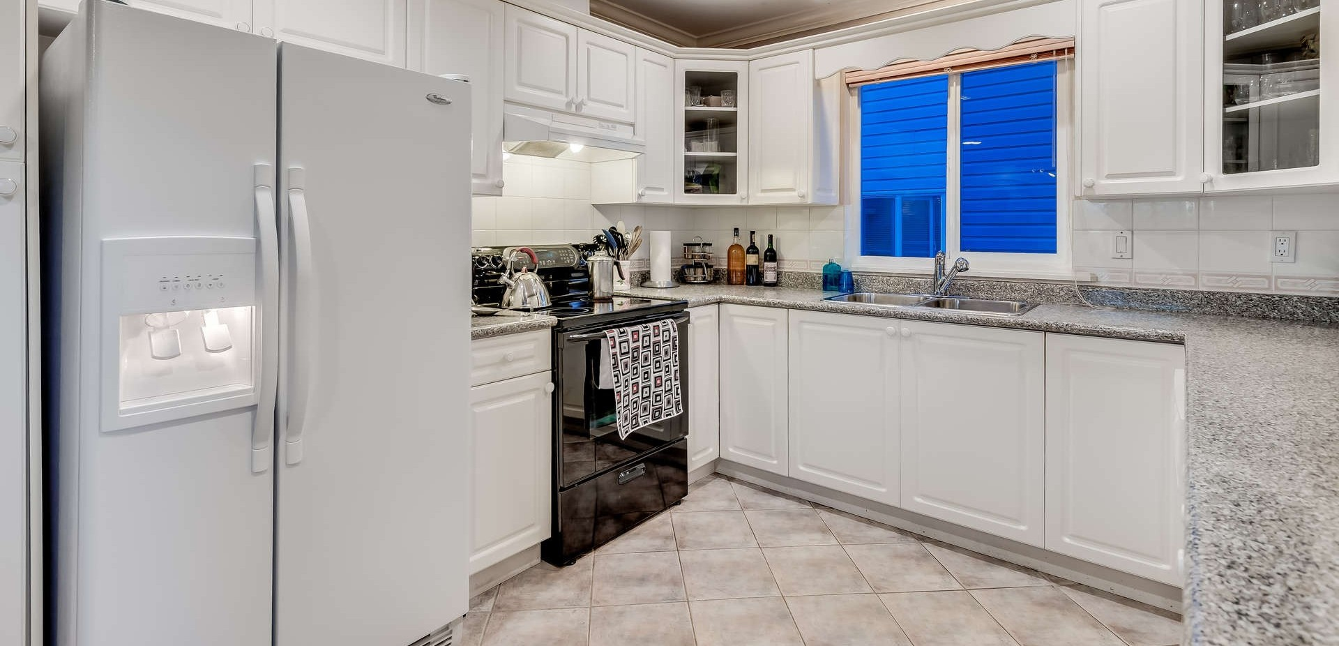 3361 Rae Street - Kitchen