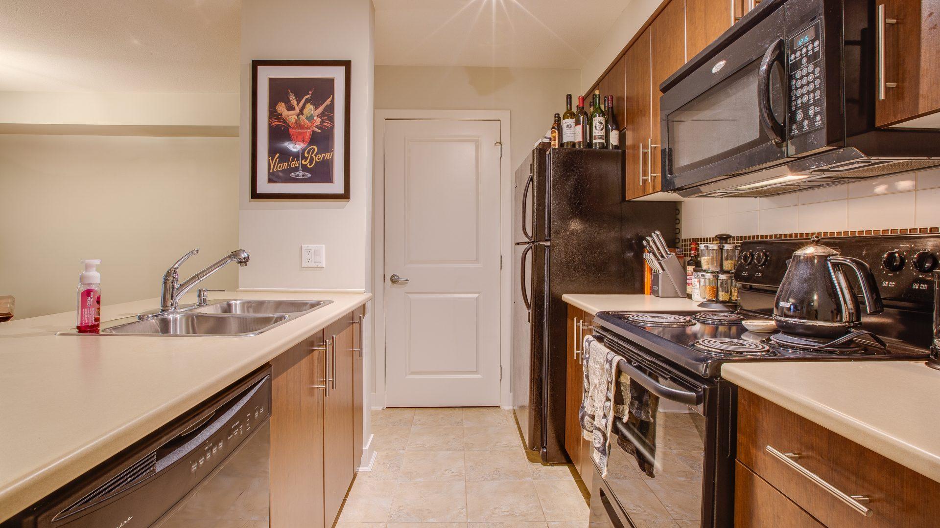 224 Kitchen 2